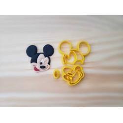 Cortador Mickey Piscando Pequeno