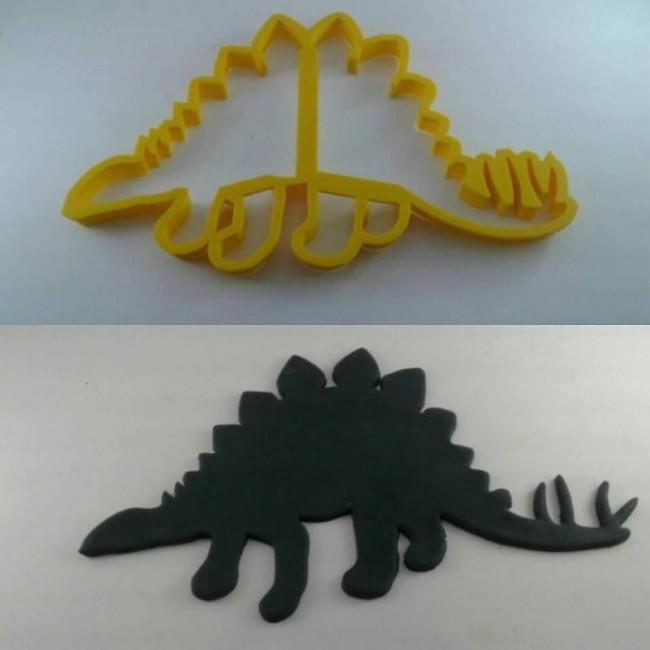 Cortador Silhueta Estegossauro para Decorar Dinossauro em Bolo